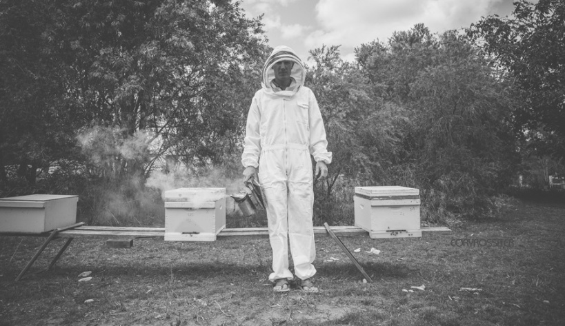 Beekeeper-commercial-editorial-photography-by-cory-rossiter