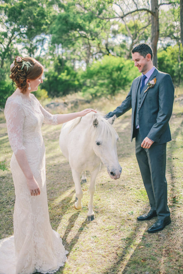 Elizabeth_Alan_wedding_diamondvale_cottages_stanthorpe_by-cory-rossiter_photography_design-41
