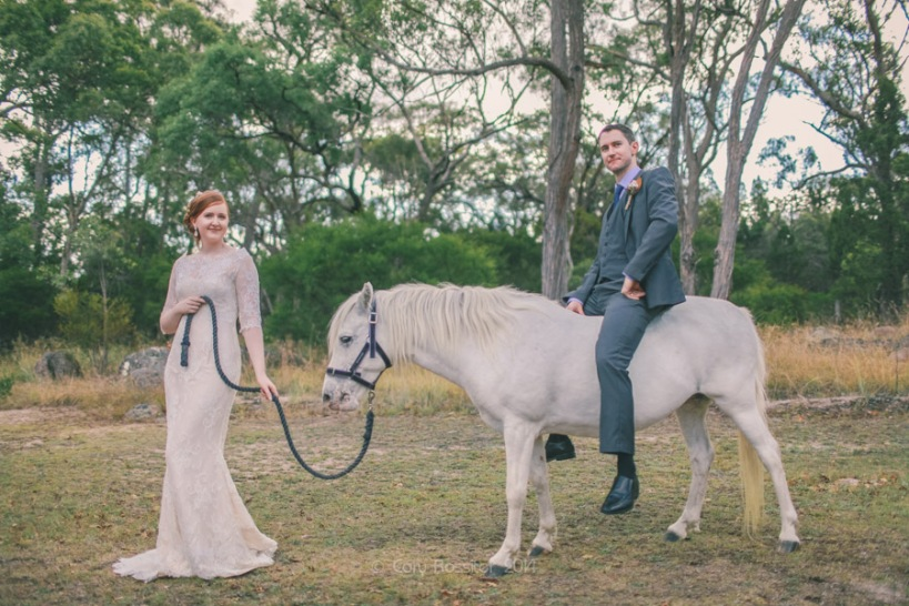 Elizabeth_Alan_wedding_diamondvale_cottages_stanthorpe_by-cory-rossiter_photography_design-43
