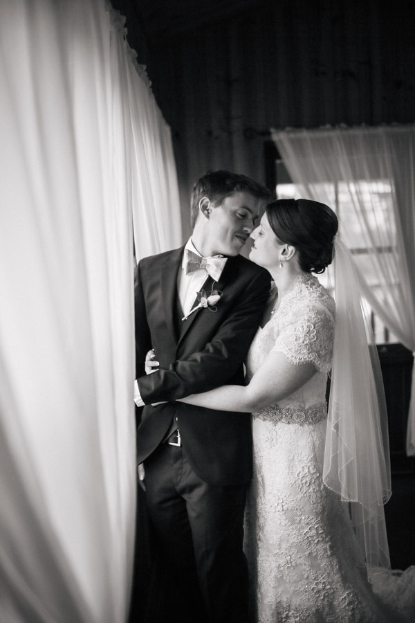 Clarissa-Ben-Wedding-at-happy-valley-stanthorpe-qld-by-cory-rossiter-photography-and-design-27