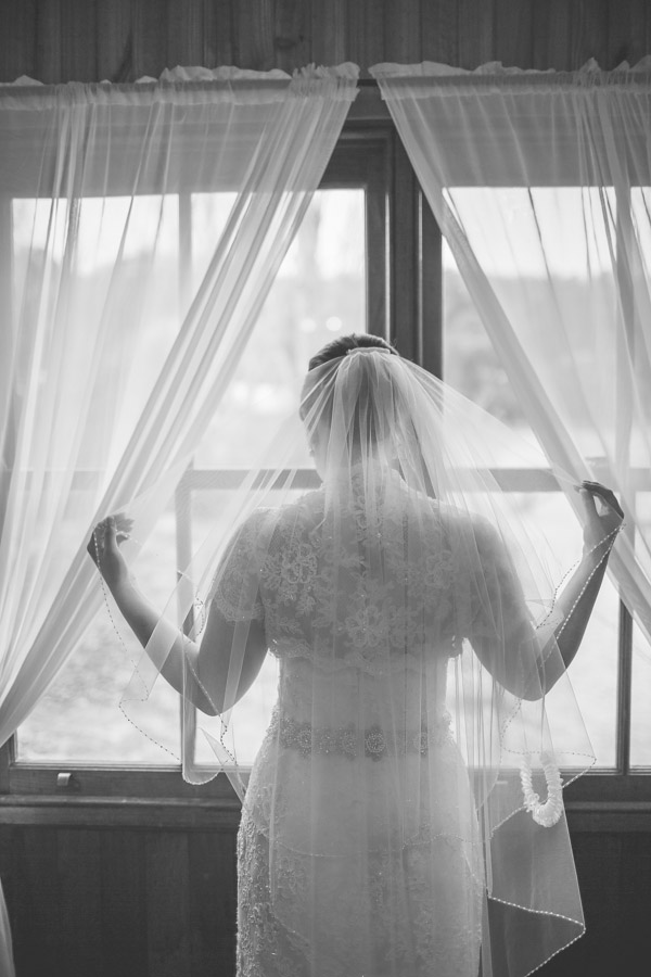 Clarissa-Ben-Wedding-at-happy-valley-stanthorpe-qld-by-cory-rossiter-photography-and-design-30
