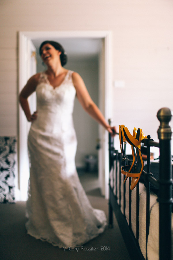 Angela_Paul_wedding_in_teneterfield_NSW_by_cory_rossiter_photography_design-15