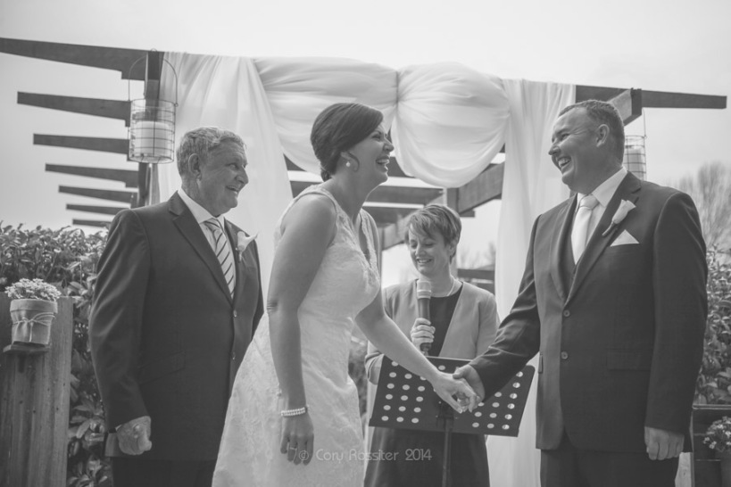 Angela_Paul_wedding_in_teneterfield_NSW_by_cory_rossiter_photography_design-23