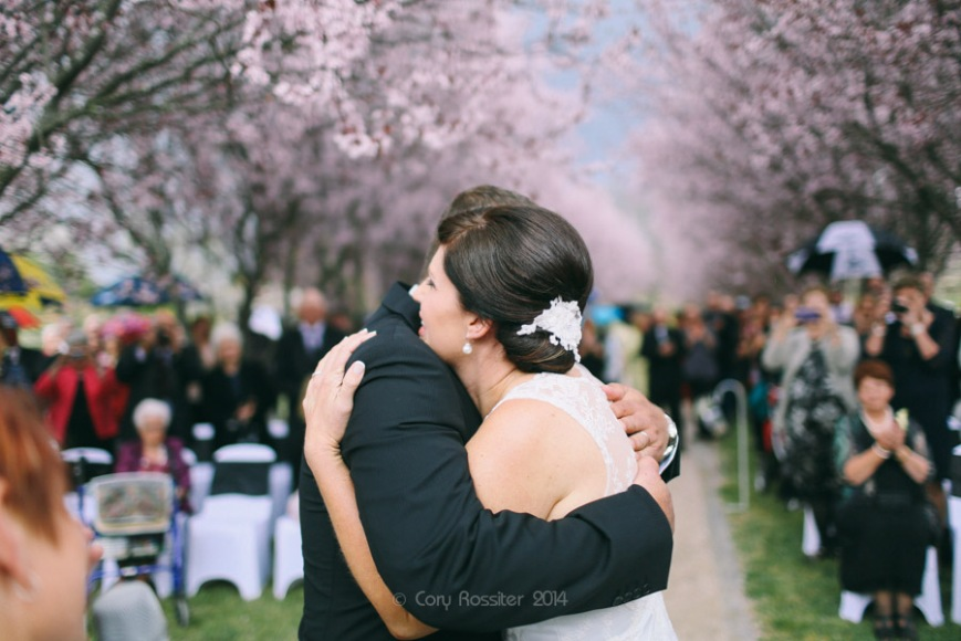 Angela_Paul_wedding_in_teneterfield_NSW_by_cory_rossiter_photography_design-27