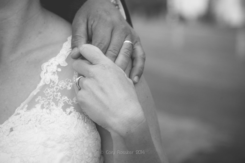 Angela_Paul_wedding_in_teneterfield_NSW_by_cory_rossiter_photography_design-38