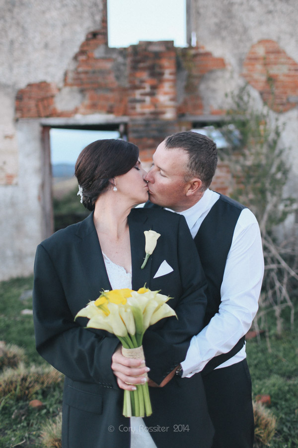 Angela_Paul_wedding_in_teneterfield_NSW_by_cory_rossiter_photography_design-46