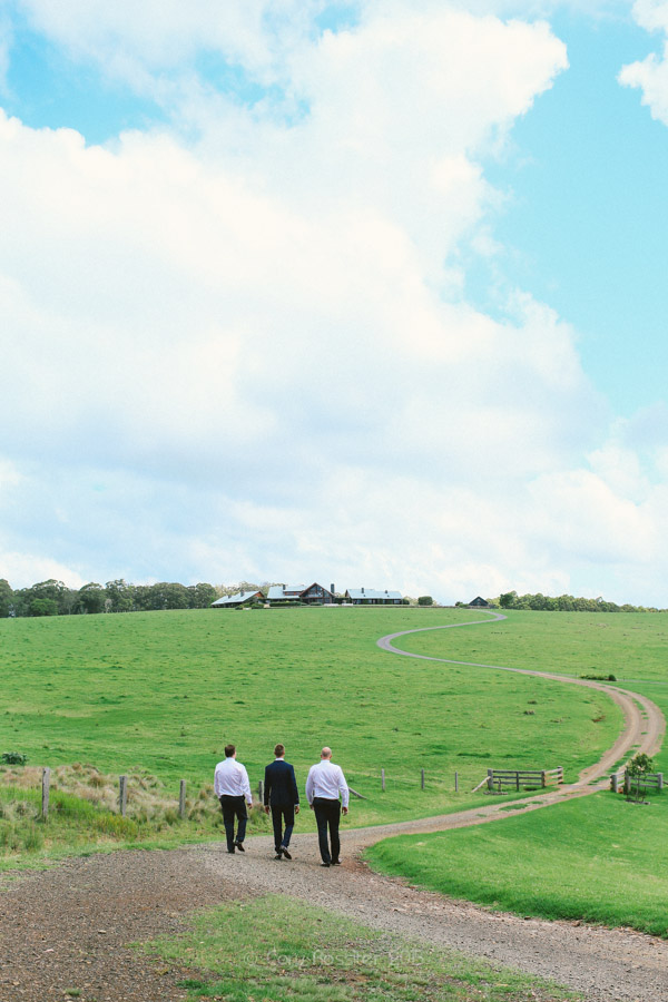 Kyle-Deeka-wedding-at-spicers-peak-lodge-photography-by-cory-rossiter-photography-design-17
