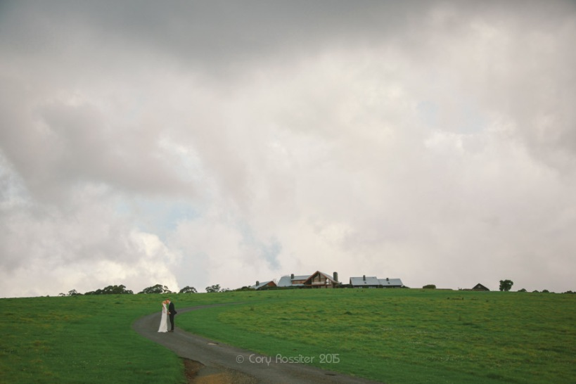 Kyle-Deeka-wedding-at-spicers-peak-lodge-photography-by-cory-rossiter-photography-design-46