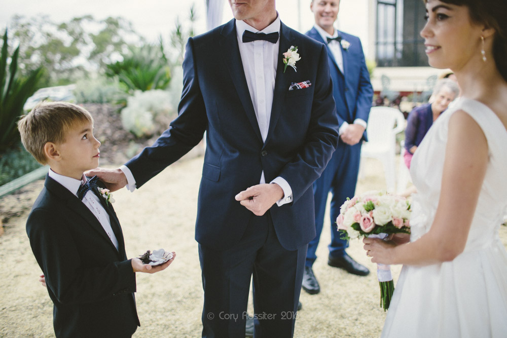 alena-john-wedding-ronthedowns-yangan-qld-by-cory-rossiter-37
