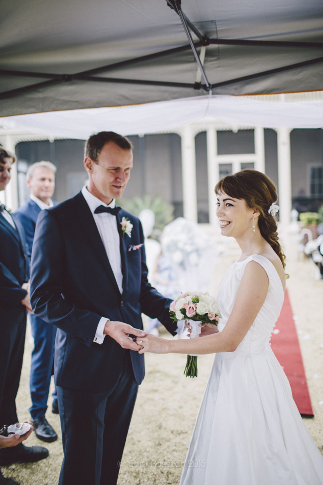 alena-john-wedding-ronthedowns-yangan-qld-by-cory-rossiter-40