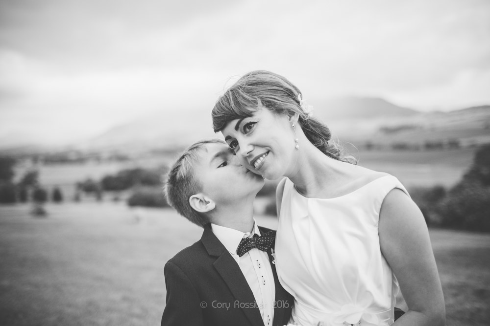 alena-john-wedding-ronthedowns-yangan-qld-by-cory-rossiter-48