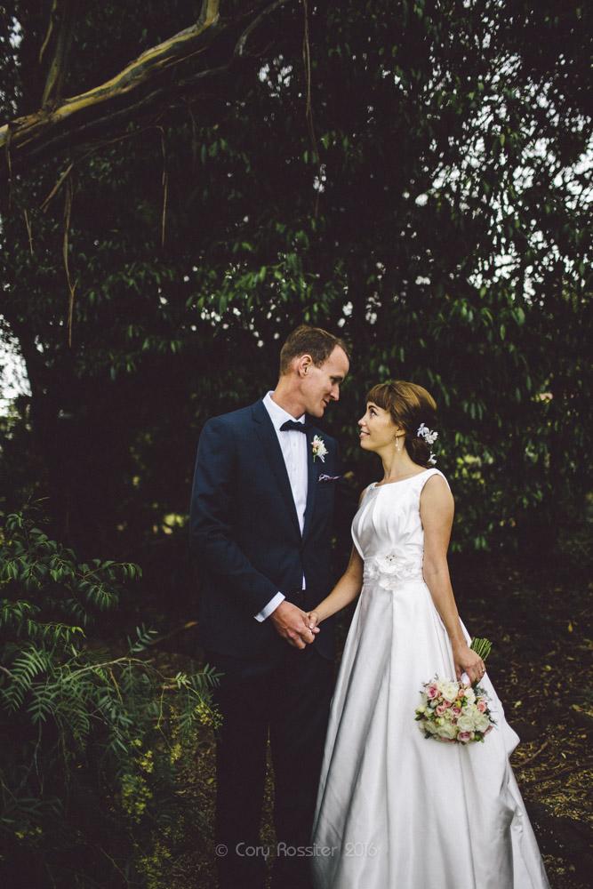 alena-john-wedding-ronthedowns-yangan-qld-by-cory-rossiter-52