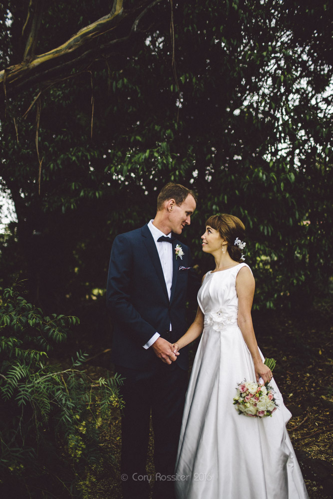 alena-john-wedding-ronthedowns-yangan-qld-by-cory-rossiter-52