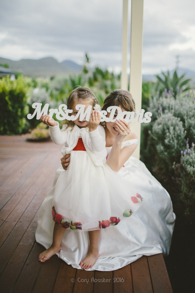 alena-john-wedding-ronthedowns-yangan-qld-by-cory-rossiter-63