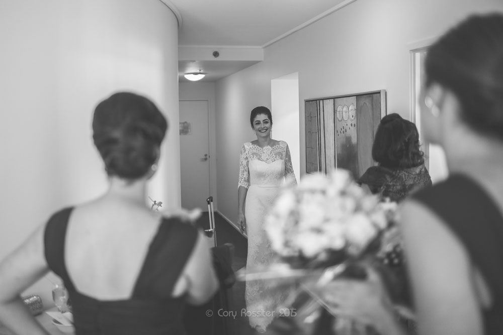 alicia-david-wedding-at-eagle-street-pier-by-cory-rossiter-11