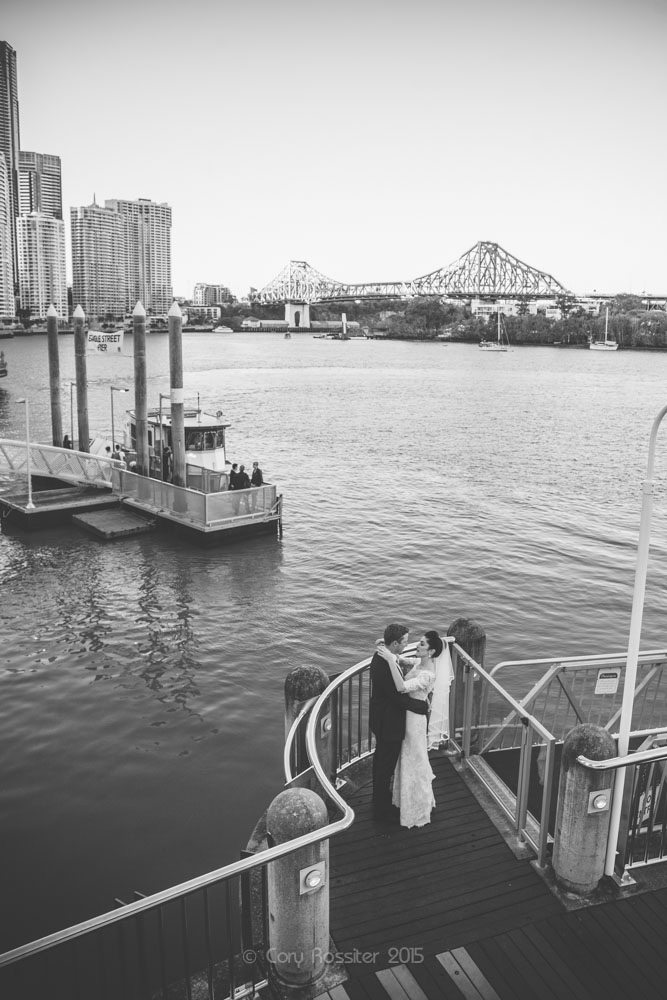 alicia-david-wedding-at-eagle-street-pier-by-cory-rossiter-25